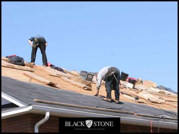 3 Mistakes to Avoid When Planning a Roof Replacement